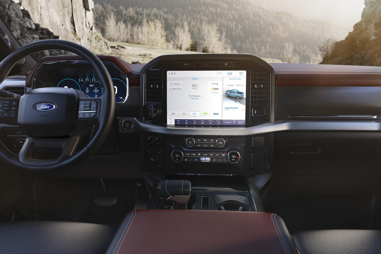 2021-f150-interior1.jpg
