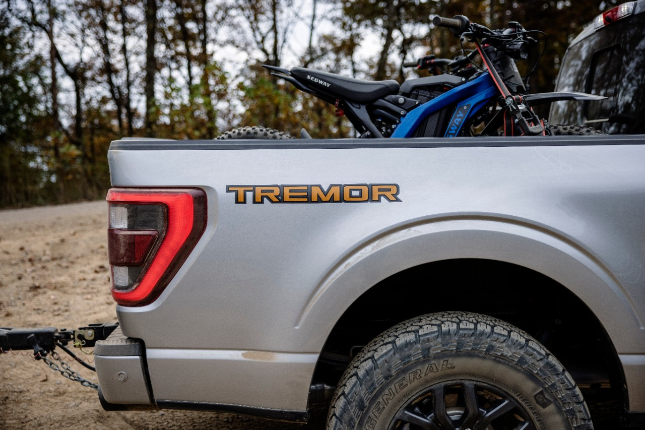 2021-Ford F-150-Tremor_15.jpg