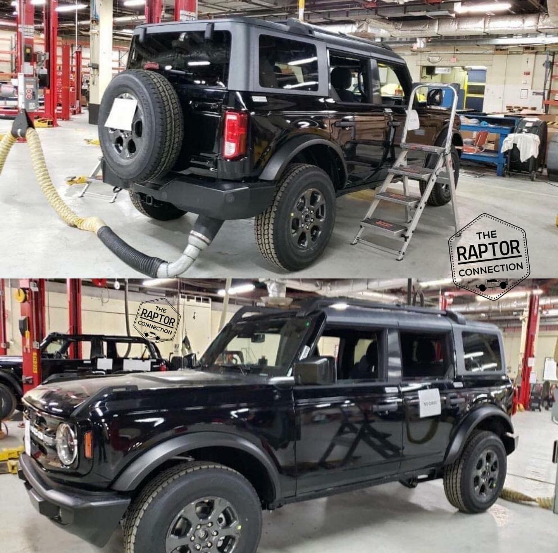 Leaked 2021 Ford Bronco 4 Door Black 2 Door Topless Pics.jpg